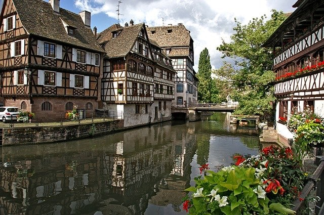 day trip from Paris by train strasbourg-1354439_640